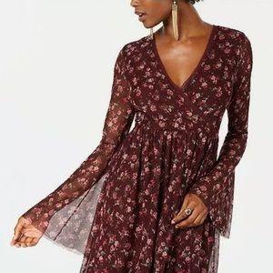 NWT! American Rag Bell sleeved dress